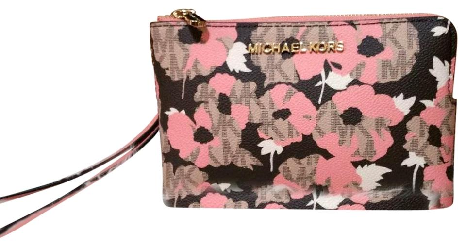 bed0a6ea9a18 Michael Kors Jet Set Travel Logo Double Gusset Large Wristlet Peach ...