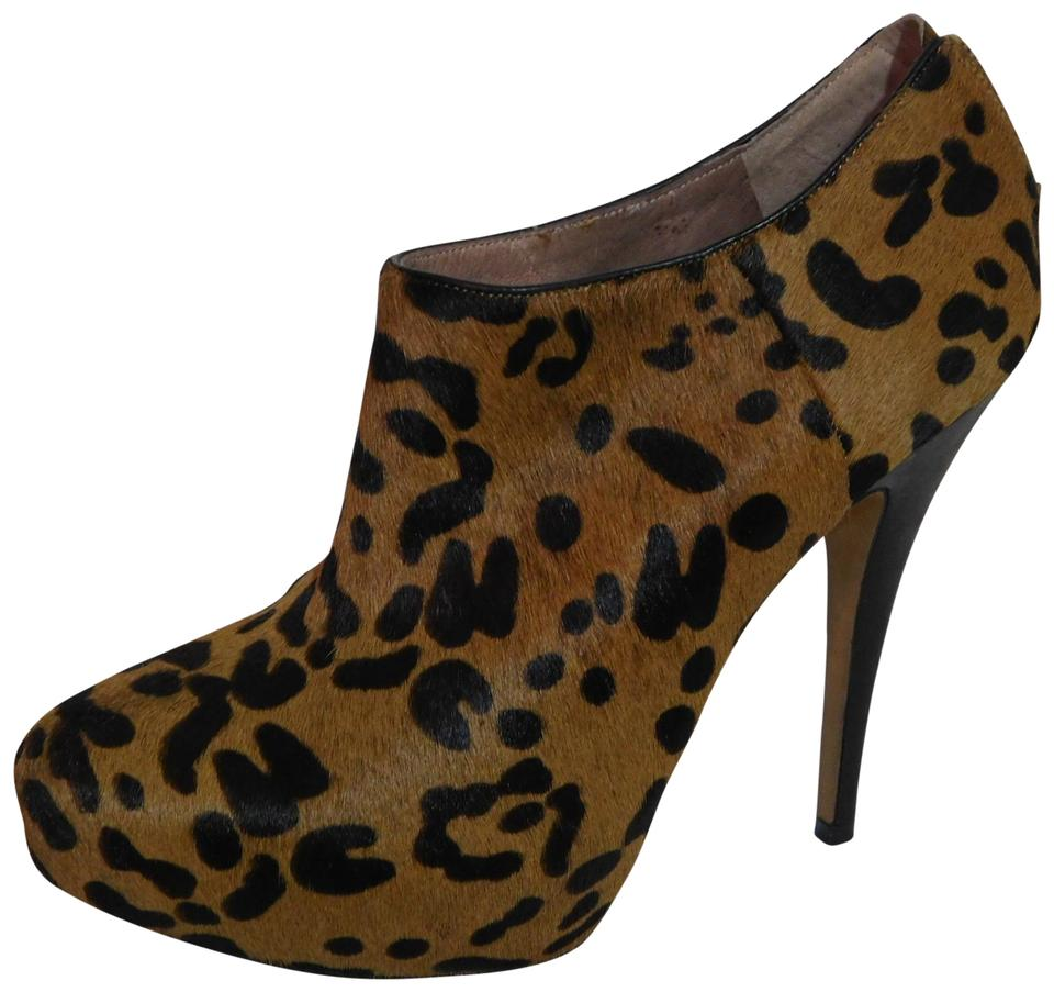 2d2a5a75fca Vince Camuto Brown Calf Hair Leopard Print Ankle Boots Booties Size ...
