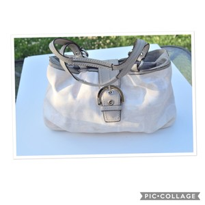 Coach Tote in off white/ gray