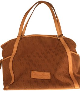 Dooney & Bourke Tote in Tan