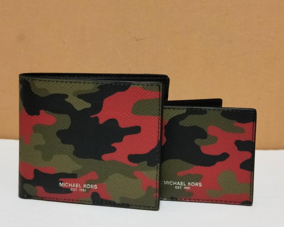 455cea00a1e5 Michael Kors Camo Multi Men s Kent Jet Set Window Id Wallet - Tradesy