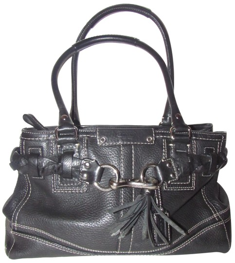 Preload https://img-static.tradesy.com/item/23557832/coach-new-pursesdesigner-purses-black-pebbled-leather-with-white-contrast-stitching-and-chrome-hardw-0-1-540-540.jpg
