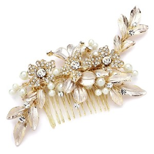 Gold and Pearl Event Comb Hair Accessory