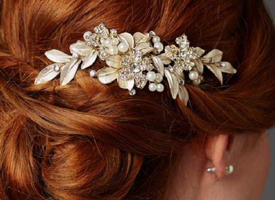 Gold and Pearl Event Comb Hair Accessory Image 2
