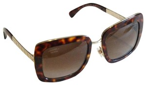Chanel Chanel Brown Tortoise Polarized Sunglasses 5369 Gold Tone Quilted Arms