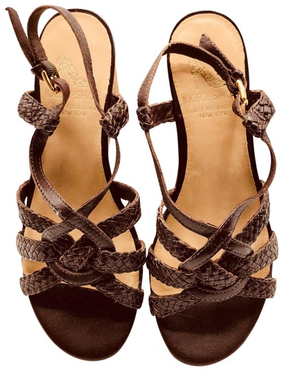 Preload https://img-static.tradesy.com/item/23559376/brown-sandals-size-us-6-regular-m-b-0-1-540-540.jpg