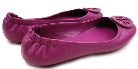 Tory Burch Travel Ballet Tonal Logo Rubber Outsole T Logo Medallion Folds In Half Fuchsia Flats Image 5