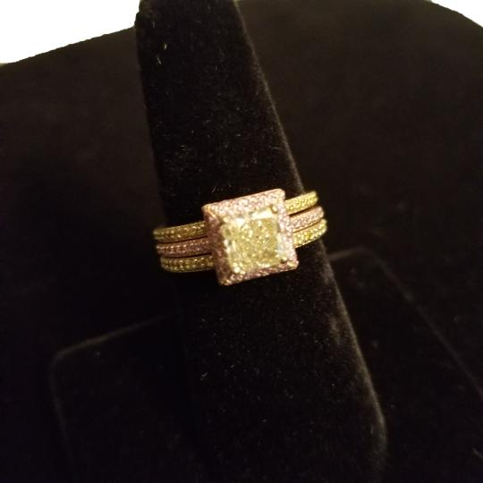 Boutique Europa 3 Rings Set Of Natural Fancy Yellow and Pink Diamonds. Size 52. Women's Wedding Band Image 4