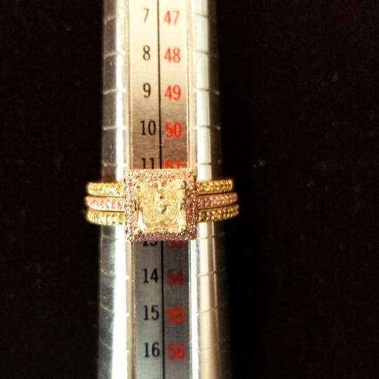 Boutique Europa 3 Rings Set Of Natural Fancy Yellow and Pink Diamonds. Size 52. Women's Wedding Band Image 6