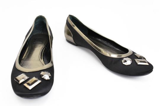 Preload https://img-static.tradesy.com/item/23559673/burberry-black-satin-and-gems-ballet-flats-size-us-85-regular-m-b-0-0-540-540.jpg