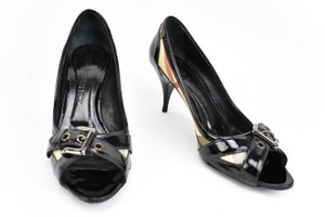 Burberry Leather Heels Nova Check Buckle Black Pumps