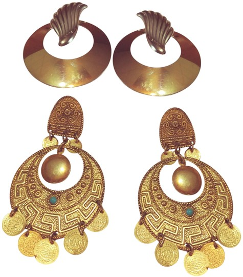 Preload https://img-static.tradesy.com/item/23559811/gold-silver-and-turquoise-bohemian-style-earrings-0-1-540-540.jpg