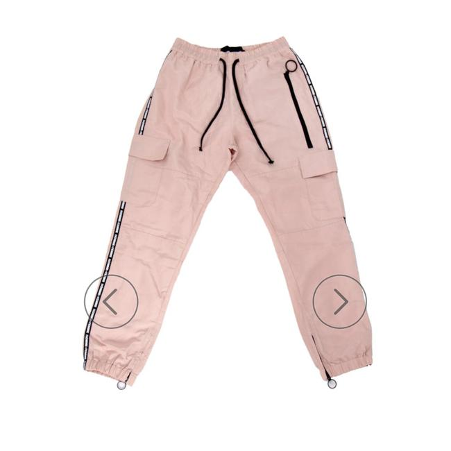 Preload https://img-static.tradesy.com/item/23559813/peach-color-hmla-future-salmon-cargo-pants-size-10-m-31-0-0-650-650.jpg