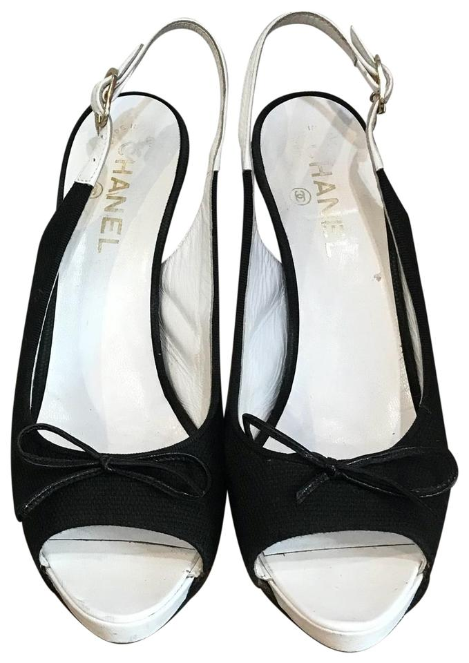 924f4a718b4 Chanel Black   White Canvas Heels Formal Shoes Size EU 38 (Approx ...
