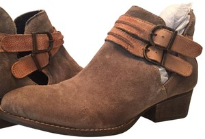 rebels Western Rugged Distressed Ankle Olive and tan Boots
