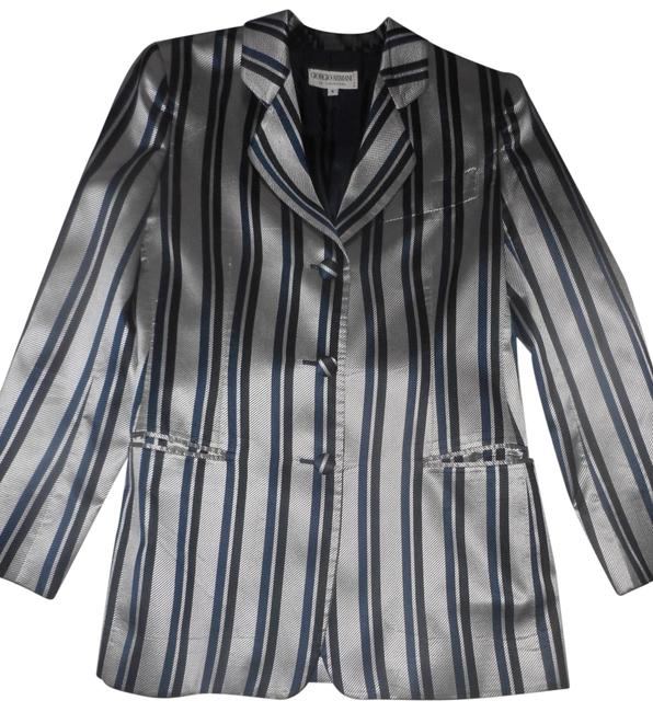 Preload https://img-static.tradesy.com/item/23560485/light-gray-with-black-strips-gruppo-gft-button-down-top-size-6-s-0-1-650-650.jpg