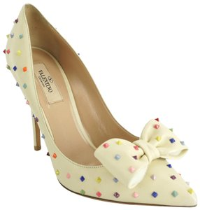 Valentino Pointed Toe Party Formal Wedding Candy Beige Pumps