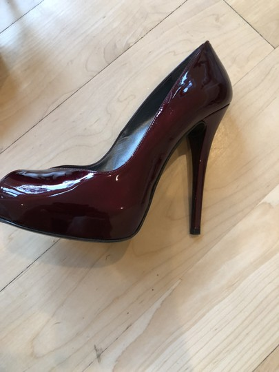 Stuart Weitzman Ruby red pattent leather Pumps Image 2