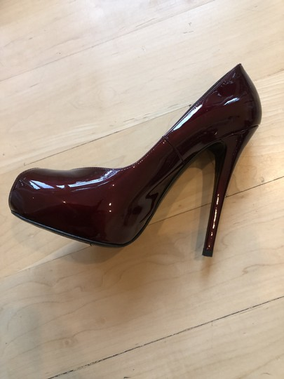 Stuart Weitzman Ruby red pattent leather Pumps Image 3