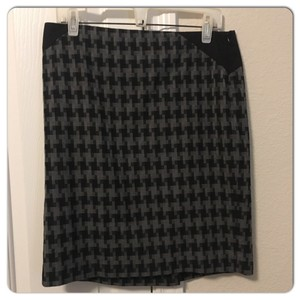 The Limited Skirt Gray/Black