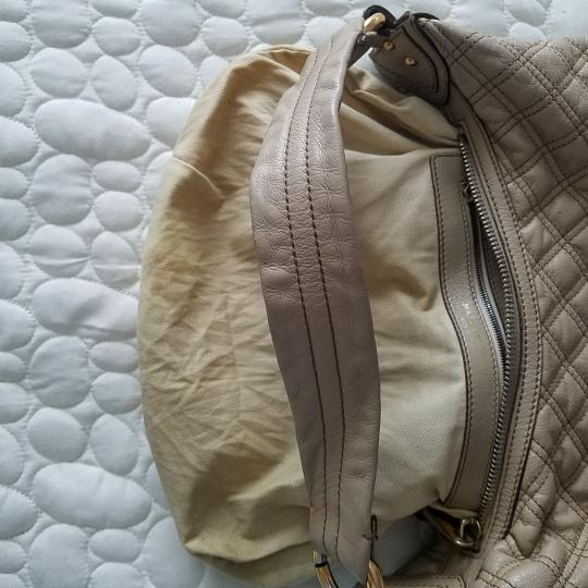 Marc Jacobs Quilted Leather Calfskin Hobo Bag Image 5