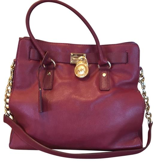 Preload https://img-static.tradesy.com/item/23564531/michael-kors-burgundy-satchel-0-1-540-540.jpg