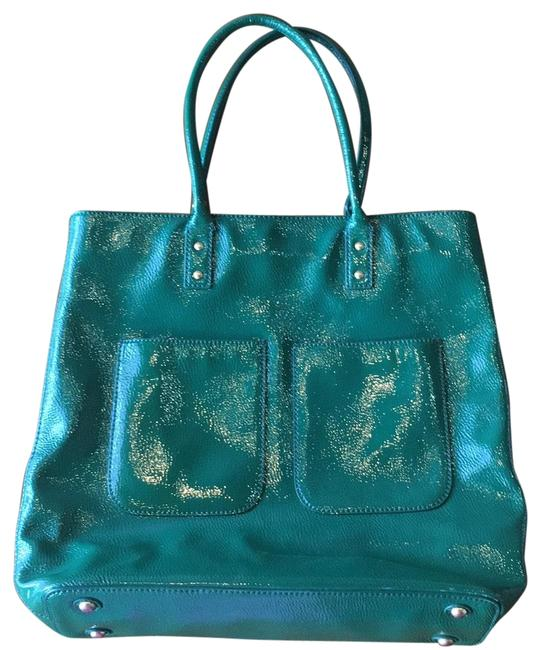Item - None Green Patent Leather Tote