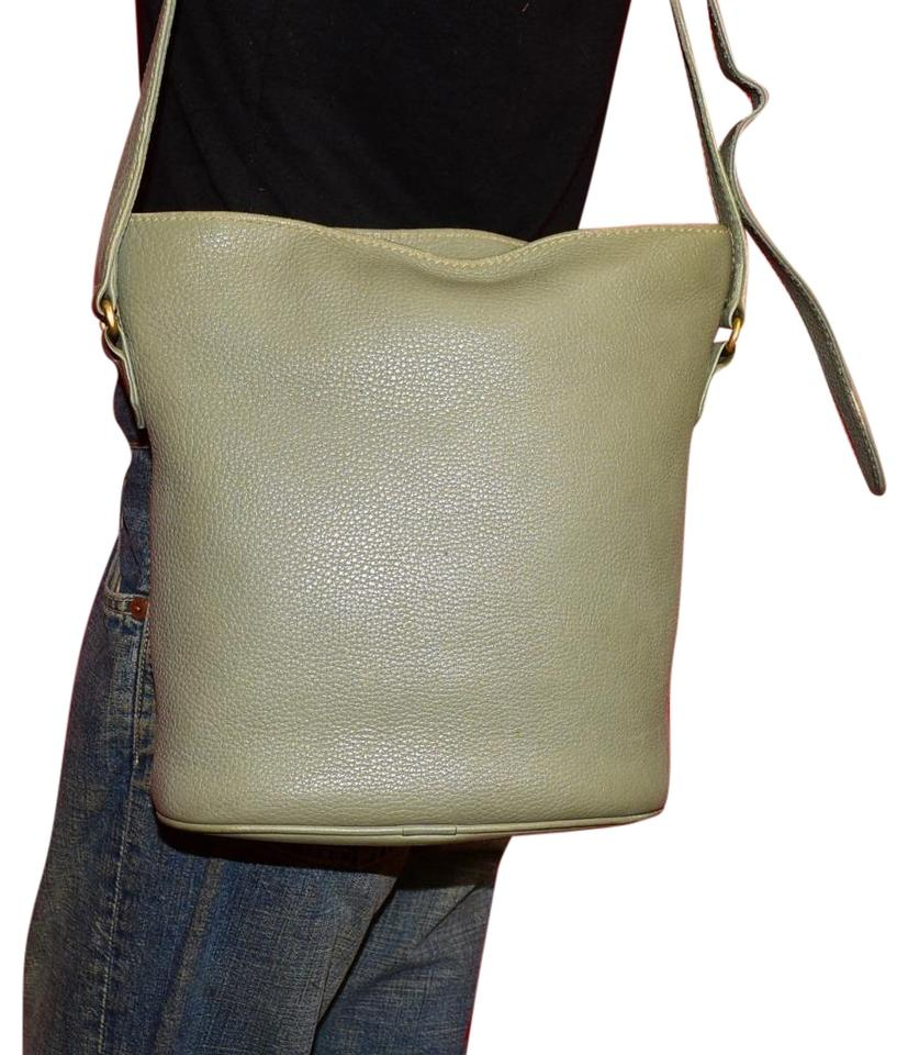f3b3d84c5c92e Coach Mint Vintage Large Bucket Style Sonoma Style Style Supple Cross Body  Bag Image 0 ...