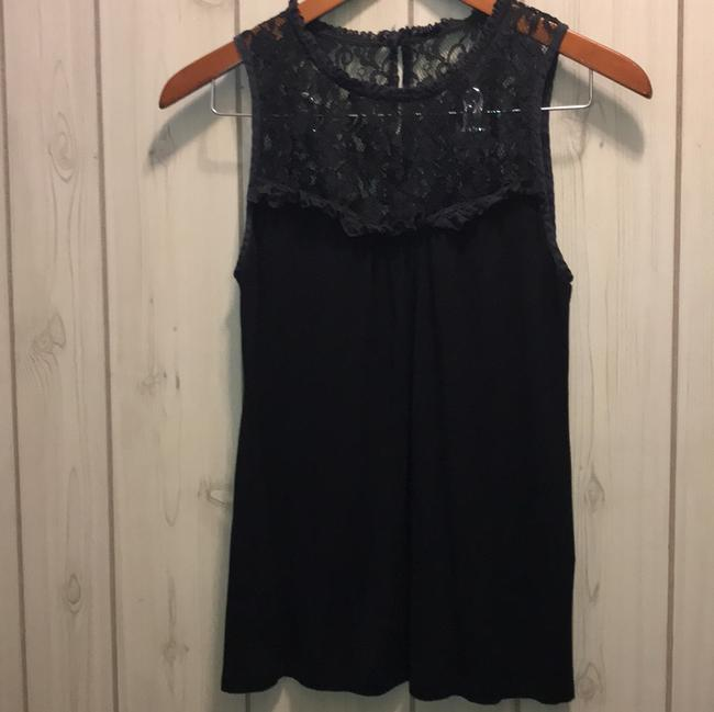 Preload https://img-static.tradesy.com/item/23565513/velvet-by-graham-and-spencer-dressy-sleeveless-blouse-size-8-m-0-0-650-650.jpg