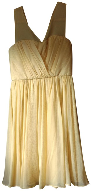 Preload https://img-static.tradesy.com/item/23565939/vera-wang-light-yellow-mid-length-cocktail-dress-size-6-s-0-1-650-650.jpg