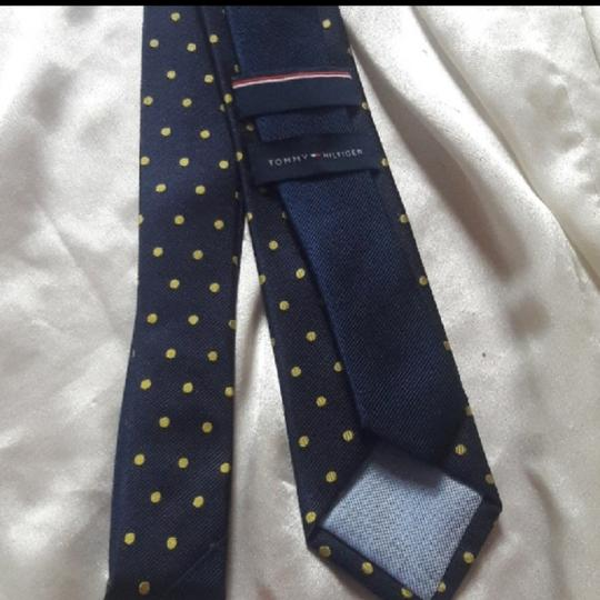 Tommy Hilfiger Silk Jacquard Navy with Yellow Dot Tie/Bowtie Image 1