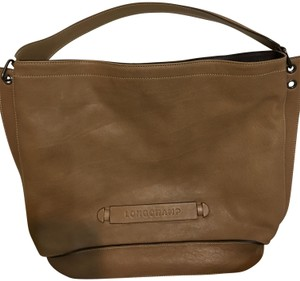 Beige Longchamp Hobo Bags - Up to 90% off at Tradesy f4e376571dc2b