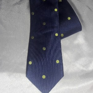 Tommy Hilfiger Silk Jacquard Navy with Lime Green Dots Tie/Bowtie