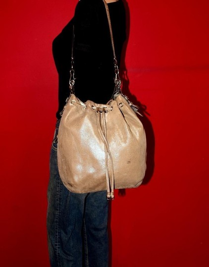 Coach Two-way Style Madison Marielle Color Excellent Condition Satchel in buttery soft shimmery champagne leather Image 4