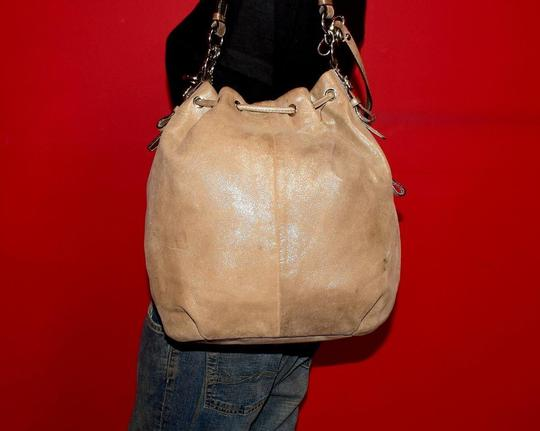 Coach Two-way Style Madison Marielle Color Excellent Condition Satchel in buttery soft shimmery champagne leather Image 8