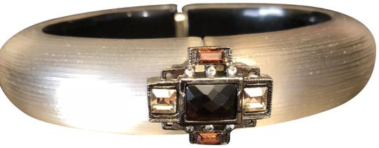 Preload https://item3.tradesy.com/images/alexis-bittar-frosted-taupe-and-brown-handcrafted-lucite-with-hinged-opening-bracelet-23566762-0-1.jpg?width=440&height=440