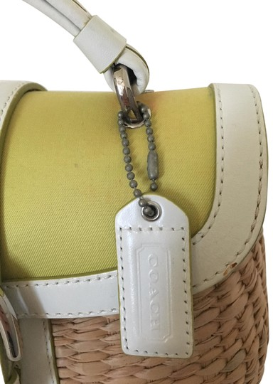 Preload https://item1.tradesy.com/images/coach-white-and-green-leather-straw-satchel-23566925-0-1.jpg?width=440&height=440