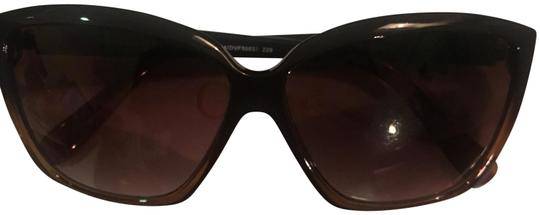 Preload https://img-static.tradesy.com/item/23566959/diane-von-furstenberg-brown-sunglasses-0-3-540-540.jpg
