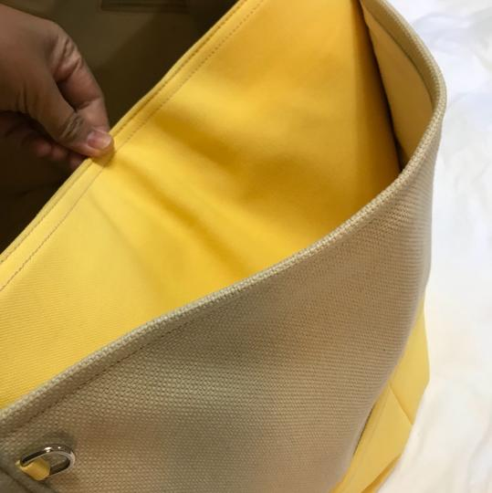 Chanel Tote in yellow and beige