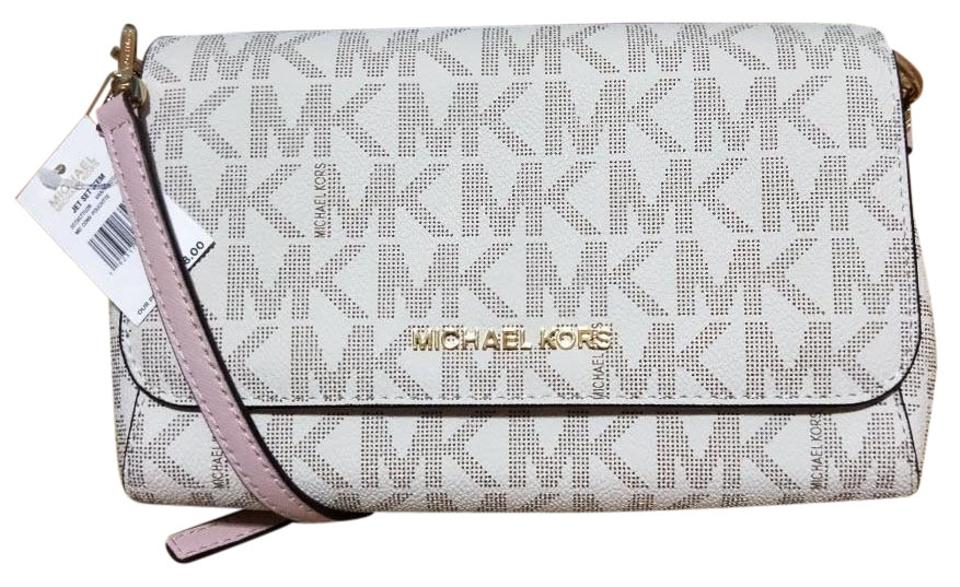 b53cb94f9bd3 Michael Kors Jet Set Md Convertible Pouchette Cross Body Bag Image 0 ...