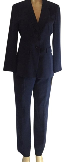 Item - Navy New Pant Suit Size 10 (M)