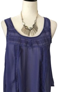 Lush Top periwinkle