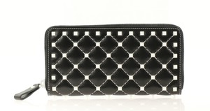 Valentino Free Rockstud Spike Continental Wallet