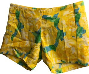Lilly Pulitzer Mini/Short Shorts Yellow floral with green leaves print