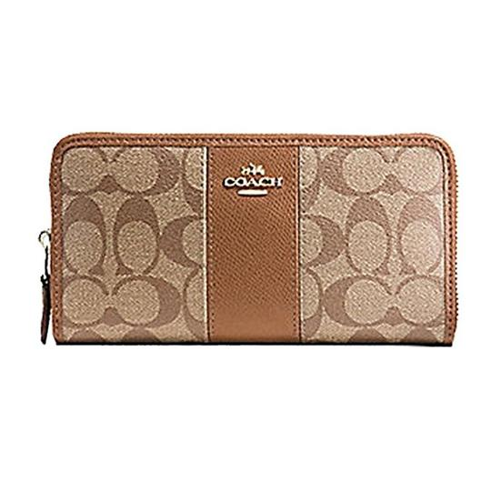 Preload https://img-static.tradesy.com/item/23573714/coach-khaki-signature-pvc-accordion-zip-around-wallet-0-0-540-540.jpg
