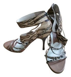 Boutique 9 Multi-Tan & Black Sandals