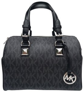 Michael Kors Leather Grayson Satchel in Black