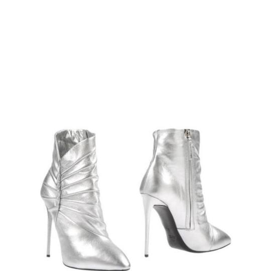 3c97ae5f82a Giuseppe Zanotti Silver New Boots Booties. Size  EU 38 (Approx. US 8)  Regular ...