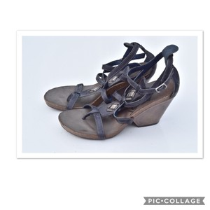 25da26ed156 Women s Blue OTBT Shoes - Up to 90% off at Tradesy