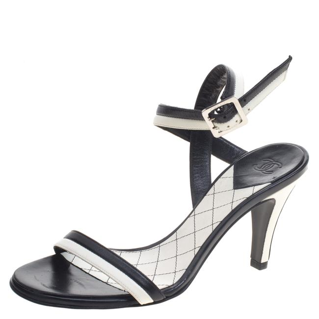 Item - White Monochrome Leather Ankle Strap Sandals Size EU 36.5 (Approx. US 6.5) Regular (M, B)
